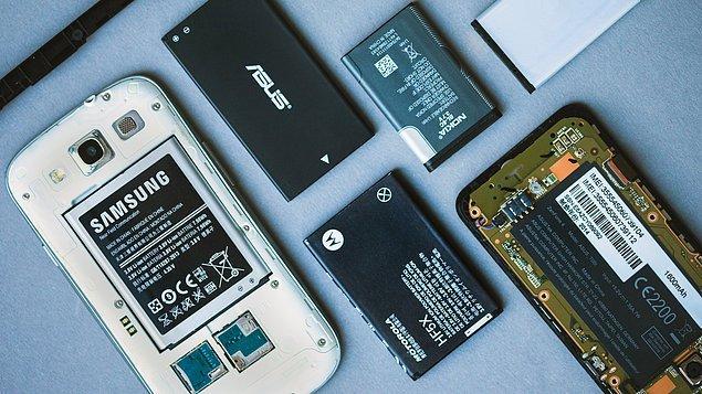 1. Birçok akıllı telefonda kullanılan bataryaların ne olduğunu biliyor musunuz?
