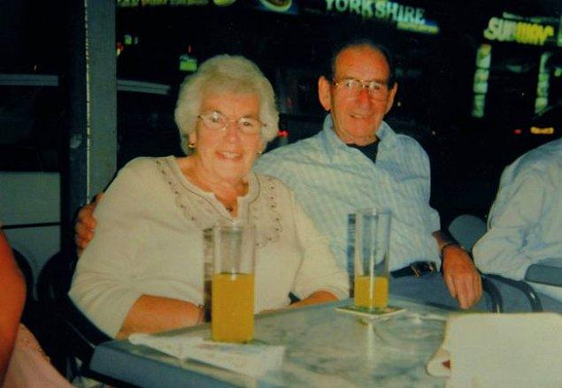 Ray Lorrison, 95 yaşında ve alzheimer hastası. Karar alınana kadar Westoe Grange bakımevinde kalıyordu, eşi 88 yaşındaki eşi ise yaşadığı bir düşme sonucu bir hastanede tedavi görüyordu.