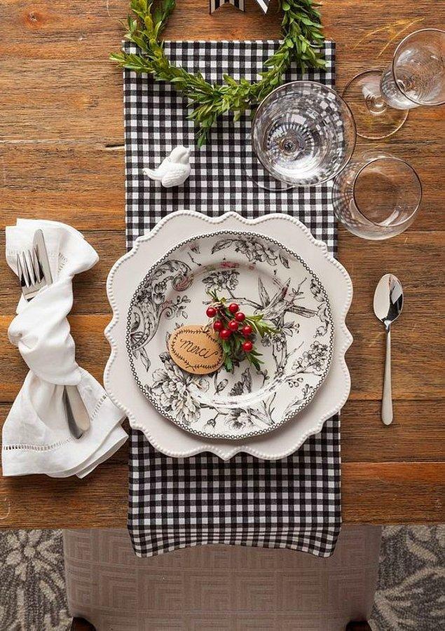 9. Yemeklerin güzelliğine, sofra düzeni büyük katkı sağlar.