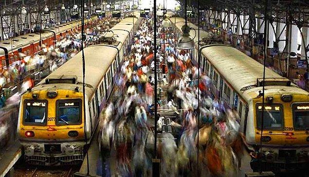 8. Hindistan Demiryolları