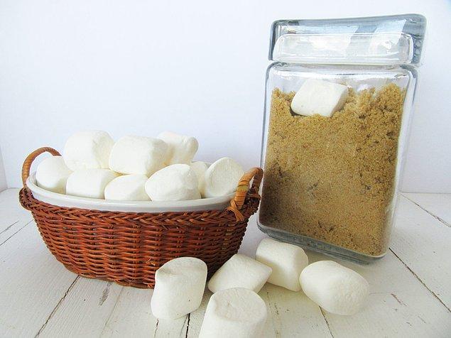 8. Normal şeker nasıl masum oysa o esmer şekeri neye koysak taş gibi oluyor!