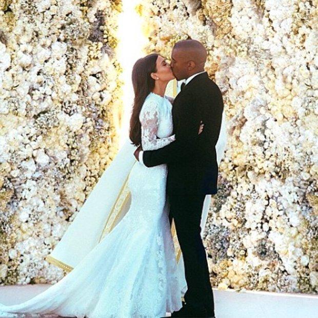 Kim Kardashian & Kanye West düğün fotoğrafı