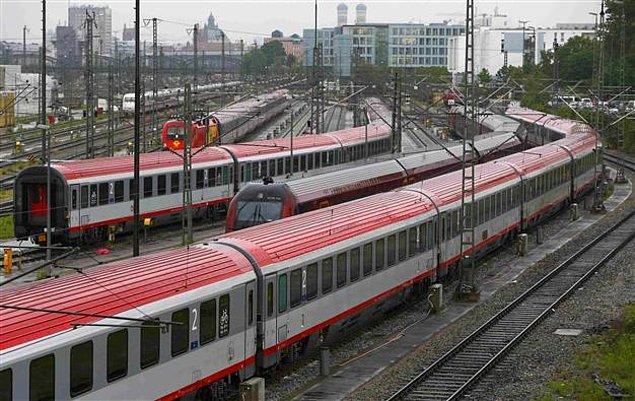 Almanya'da hali hazırda mükemmel işleyen bir tren ağı var.