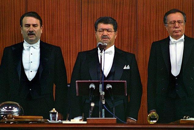 Turgut Özal'ın 8. Cumhurbaşkanı Seçilmesi - 31 Ekim 1989