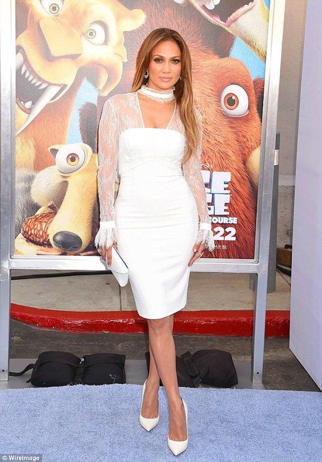Yaşlandıkça güzelleşen şarap misali kadınlardan biri o: Jennifer Lopez!