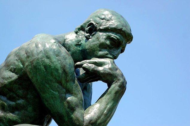 """2. Peki, bu meşhur """"Düşünen Adam"""" heykeli kimin ellerinden çıkma?"""