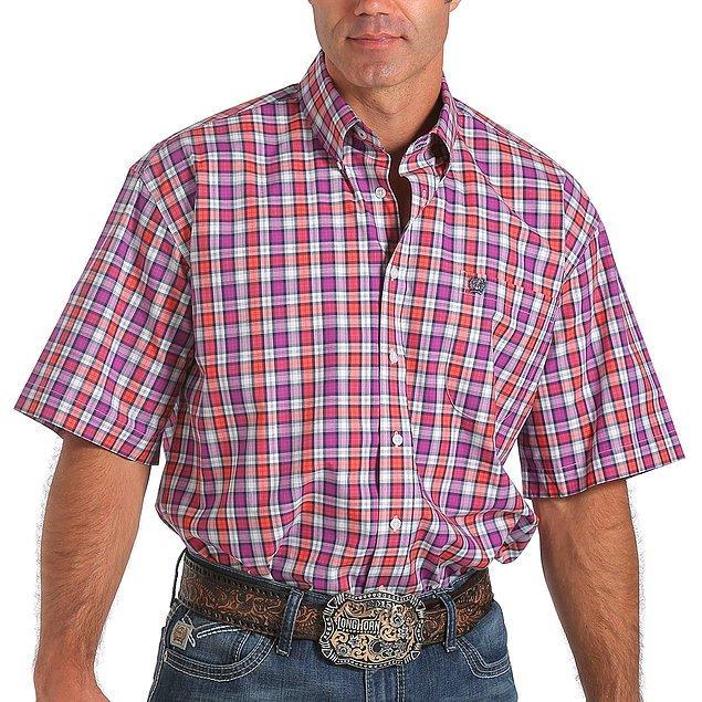 20. Kareli gömleği seviyor olabilirsin. Eyvallah. Güzeldir de ama bütün markalar bu modelleri çalıştığı için bir çoğu birbirine benzer bunların.