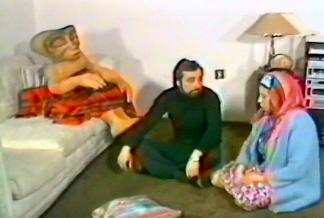 Homoti ve çok sevdiği kırmızı battaniyesi..