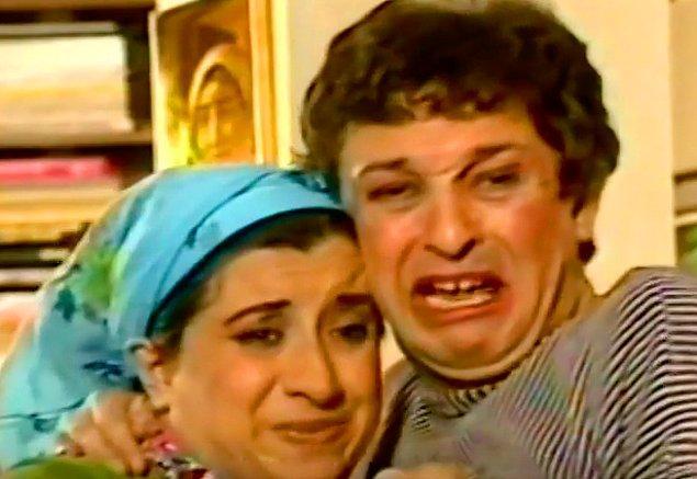 Eşcinsel komşu Haydar ile Homoti'nin ilk karşılaşması.
