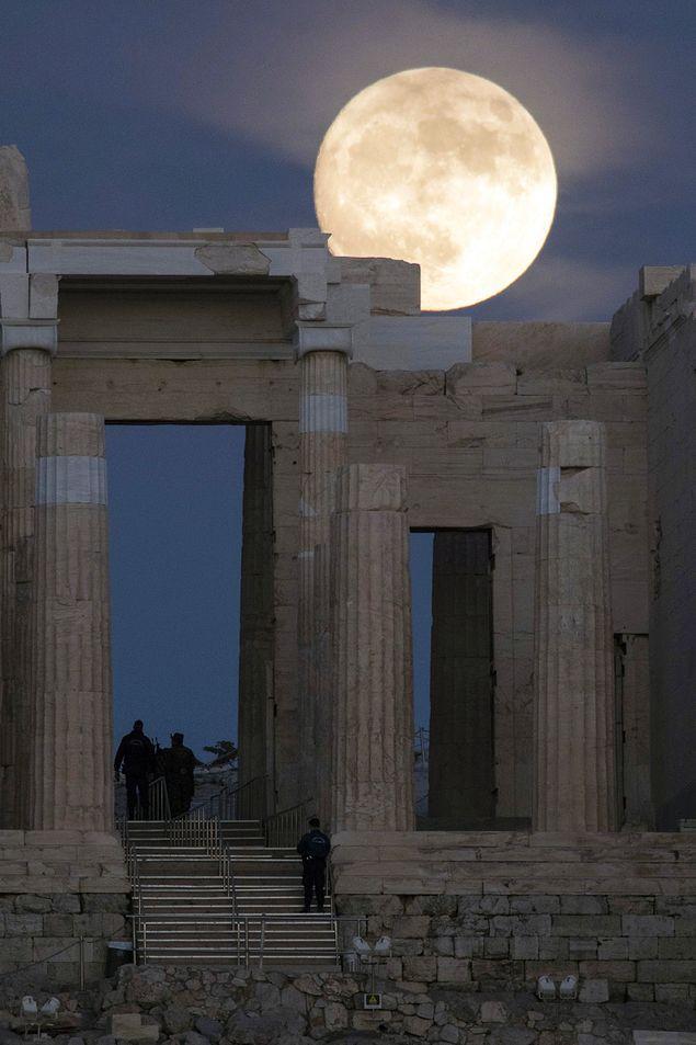 14 Kasım tarihini çok özel yapan ise bu yakınlığın dolunaya denk geliyor olması.