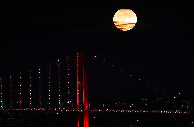 Ülkemizden de 'Süper Ay' fotoğrafları gelmeye başladı.