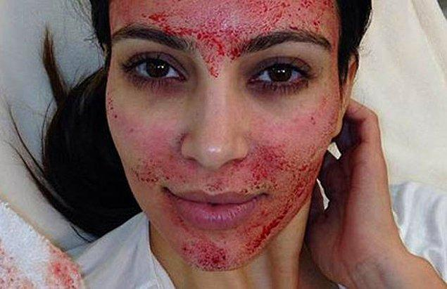11. Kim Kardashian düşmanlarını katledip kanlarını suratına sürdükten sonra...