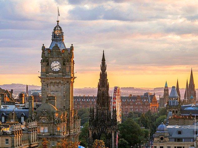 12. Edinburgh, İskoçya