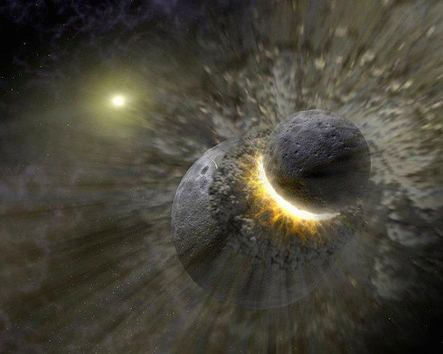 Bu durum benzeri görülmemiş bir durum olmaz. Dünya ve Ay, bundan 4.5 milyar yıl önce iki gezegenin çarpışması neticesinde oluşmuştur.