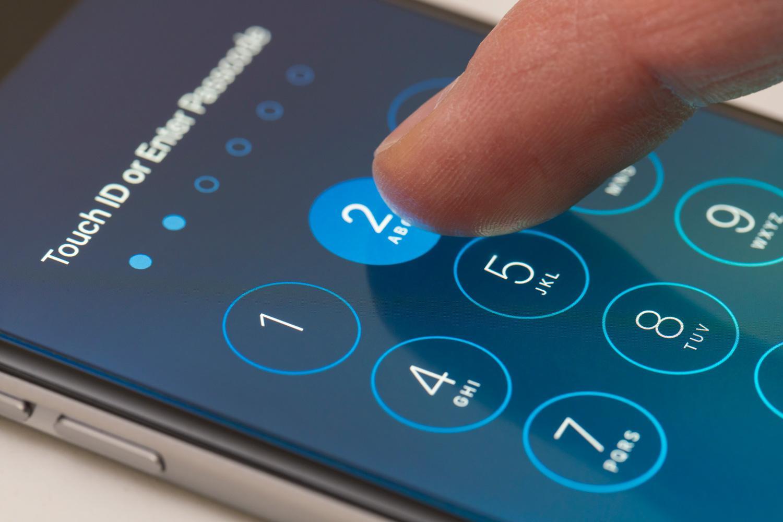 Başkasının whatsapp'ına bağlanmak ve girmek mümkün müdür
