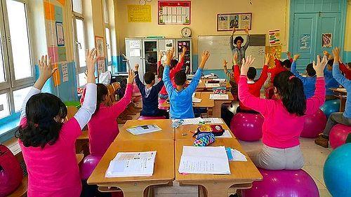 öğretmenim Canım Benim öğrencilerinin Eğitim Hayatını Cennete