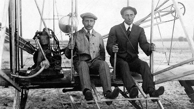 4. Wright Kardeşler