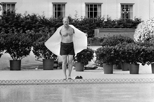 14. Franklin D. Roosevelt polio terapisi için ısıtmalı bir kapalı havuz inşa ettirdi.
