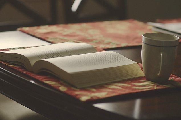 2. Zihninizde Bambaşka Kapılar Açacak, Mutlaka Okumanız Gereken Yeni Çıkan 17 Harika Kitap