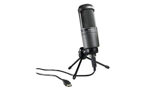 9. Kaliteli online konuşmalar yapabilmek için bir mikrofon edinebilirsiniz.