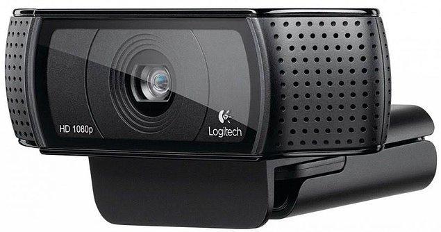 10. Görüntülü konuşmalarınızı kaliteli bir Webcam ile destekleyin.