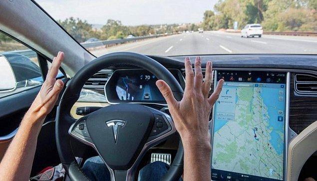 1. Tesla ne yapsa olay oluyor! Tesla araçlarına gelecek otomatik desteğin yayımlanma zamanı en çok okuduğumuz haberler arasında!