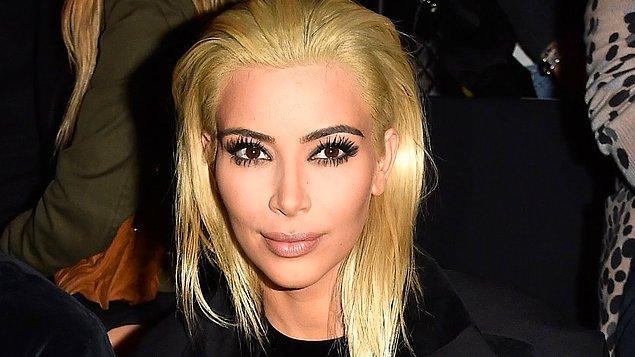 1. Kim Kardashian, Anadolu kökenine, buğday tenine ve kara kaşlarına inat sarışın olmak için gerçekten çok çabaladı.
