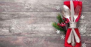 Yılbaşı Akşamı Misafirlerini Nasıl Bir Masayla Ağırlamalısın?