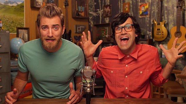 9. Rhett and Link çektiğiniz ilginç videolarla 5 milyon dolar ikramiye kazandınız tebrikler.