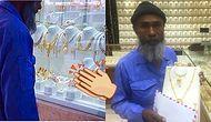 Vitrindeki Mücevherlere Baktığı İçin Dalga Geçilen Temizlik İşçisine Yapılan Anlamlı Sürpriz