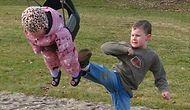 Kardeşine Kötü Davranmayı İlke Edinmiş 20 Zalım Çocuk