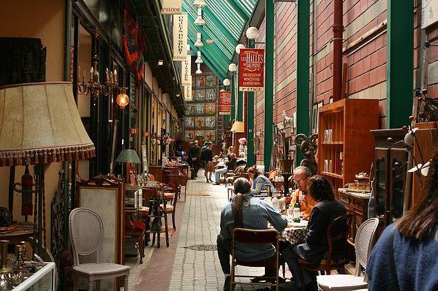 4. Karışık ama çözeriz diyenlere: Les Puces de Saint-Ouen, Paris