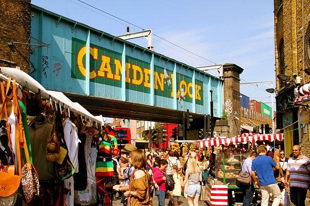 11. Hediyelik eşya cenneti: Camden Lock Market, Londra