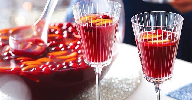 10. Bardak bardak içesiniz gelir: Sangria