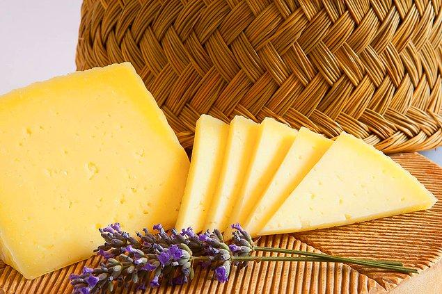 9. Tostluk değil yemeklik: Spain Manchego Cheese
