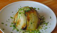 Klasik Pilavlardan Sıkılanlara Patlıcan Kaplı Pilav Nasıl Yapılır?