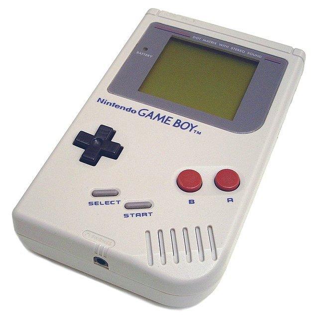 16. Gameboy