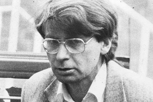Nilsen, 1978-1983 yıllarında 12 erkeği katleden bir İngiliz.