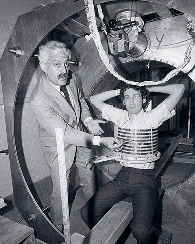 7. İnsanların içini görüntülemeye yarayan cihaz; MRG icat edildi.