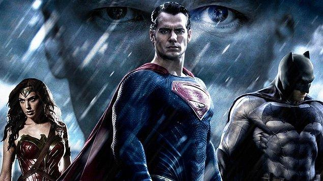 5. Batman v Superman: Adaletin Şafağı / Batman v Superman: Dawn of Justice