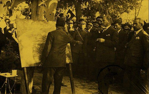 11. Anadolu'da Türkçe'yi ilk resmi dil olarak kabul eden kişi kimdir?