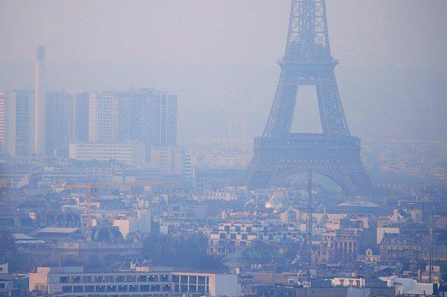 10. Fransa başkenti Paris'te de son 10 yılın en ciddi hava kirliliği seviyesine ulaşıldı.