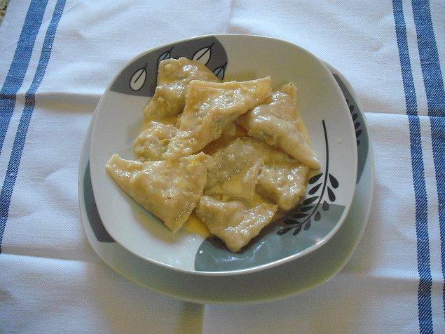 12. Bosna Hersek'in yoğurtlu lezzeti: Klepe!