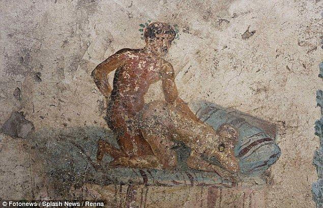 Yani bu tarihi Pompeii genelevindeki duvar resimlerinin eski İtalyanların sevimli aktivitelerini ortaya çıkardığını söyleyebiliriz.😇😋