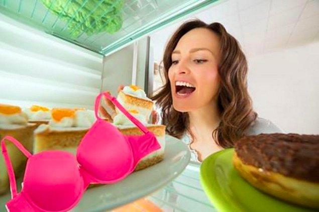 12. O uzun ve hararetli yaz aylarında hamileyseniz sütyenlerinizi buzdolabına koyun.