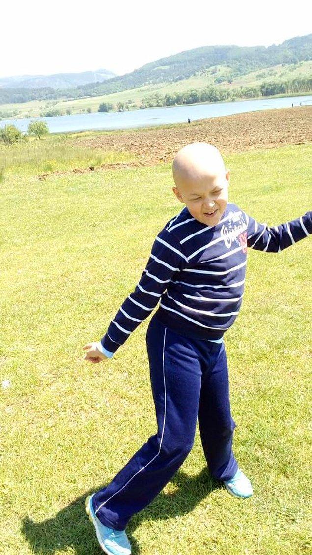 Arda şu an Uludağ Üniversitesi Tıp Fakültesi'nde hastalığı sebebiyle kemoterapi tedavisi görmeye devam ediyor. Amerika'ya gidene kadar da görmeye devam edecek.