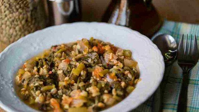 3. Tabaklarca yeseniz de zeytinyağlı semiz otundan kilo almanız imkansız!