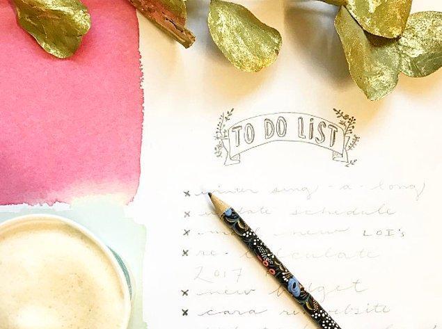 """18. Kendinize bir """"yapılacaklar listesi"""" hazırlayın."""