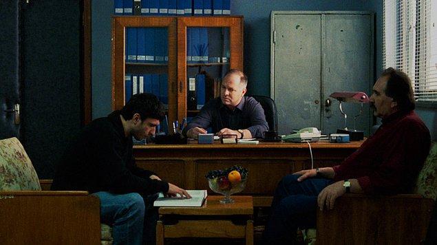 3. Politist, adjectiv / Polis, Sıfat (2009) | IMDB: 7,1
