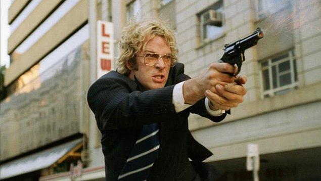 41. Stander (2003) | IMDB: 7,2
